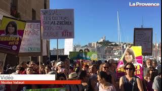Municipales à Marseille : des dizaines de militants du Printemps Marseillais devant la mairie
