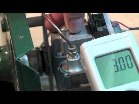 Adjusting manifold pressure on the gas furnace