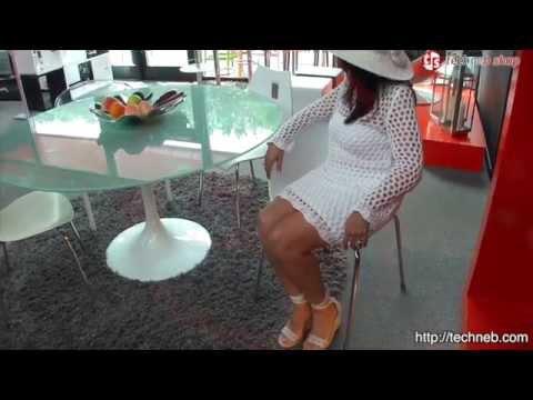 Chaise polyvalente vezere en polycarbonate et m tal chrom blanc youtube - Chaise en polycarbonate ...