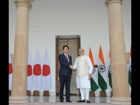 PM Modi meets Prime Minister Of Japan Shinzo Abe at Hyderabad House in New Delhi
