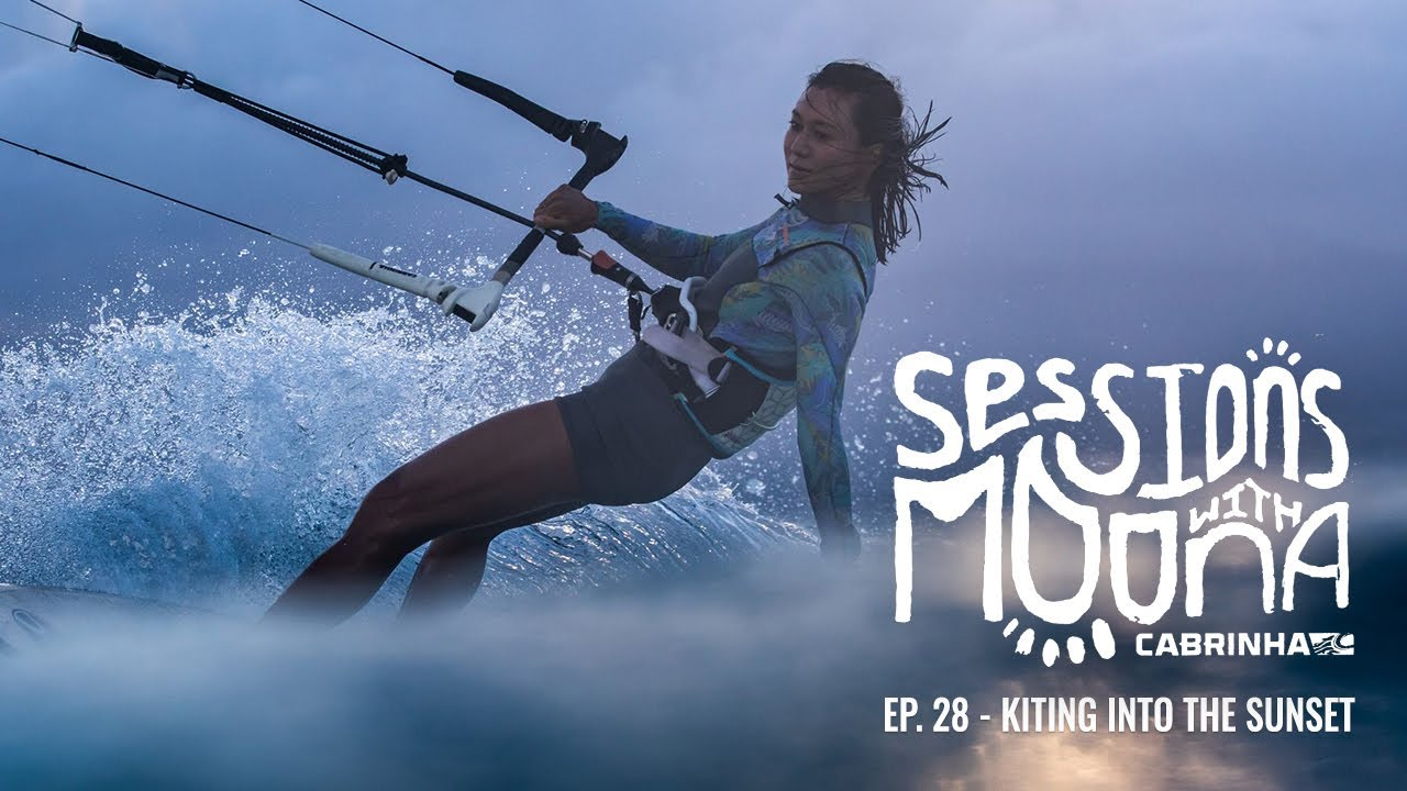 Sessions with Moona Ep. 28 - Sunset Kite Session in Hawaii
