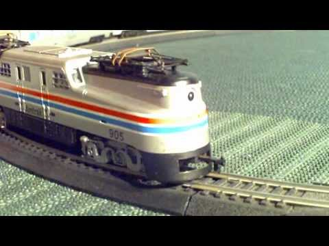 Electric Model Trains Video Tyco Broadway Amtrak GG1 Train