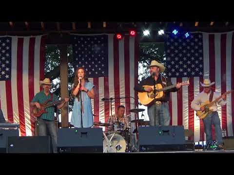 Daryle Singletary & Charli Roberstson / After The Fire Is Gone