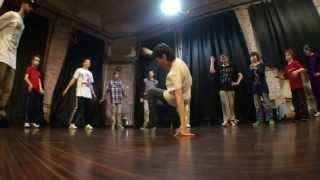 Видео урок по брейк - дансу от школы Fresh-school в Москве
