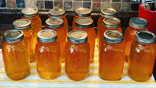 Pressure Canning Stock ~ The Kneady Homesteader