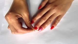 Маникюр на коротких ногтях со стразами 1 вариант