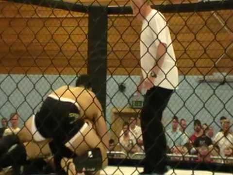 G+S Fight Night 6 - Emil Hodzovic Vs Floyd Askin. Round 1
