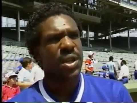 Les Expos Nos Amours - The Olympic Stadium Years (1977-1989)