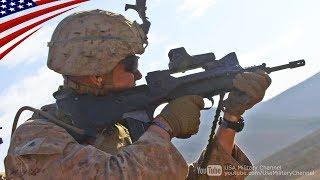 フランスのFAMASライフルを撃つアメリカ海兵隊員