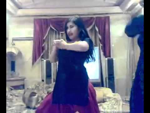 Latest Pashto Hot Mujra dance spicy girl 2012