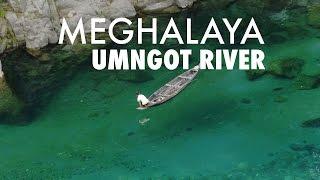 Meghalaya : the crystallines waters of Umngot river
