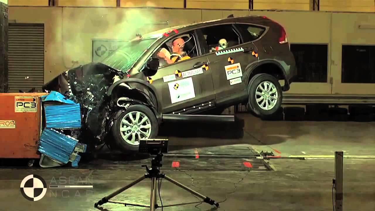 ASEAN NCAP   Honda CR V Crash Test   5 Star Safety Rating