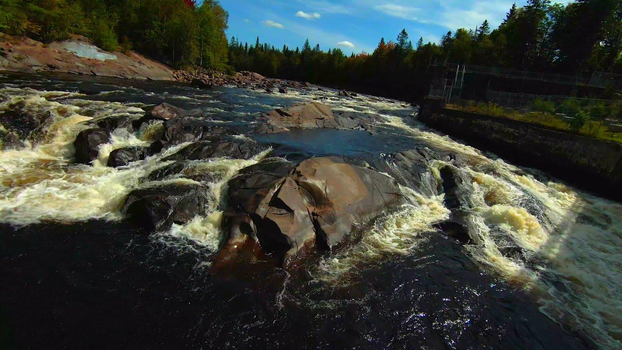 DJI FPV drone shots river and bridges, Shannon, Qc фотки