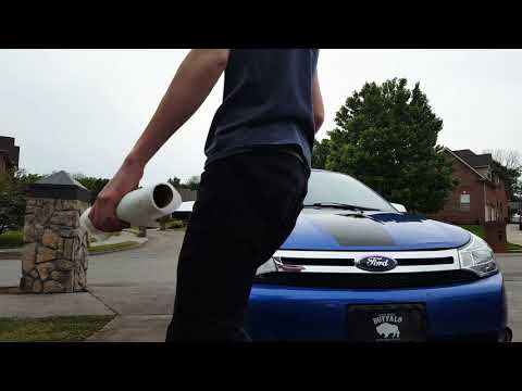 Cleaning 2011 ford focus headlights with baking soda and toothbrush!