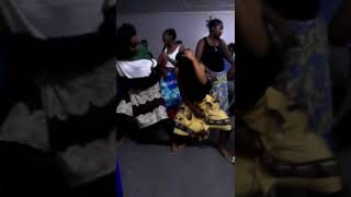 The hot babz practicin bend down pause by runtown