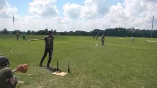 Бейсбол 05.2013(Паша,отличный удар и почти хоум ран)