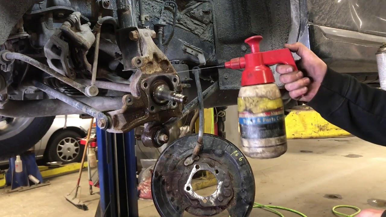 2013 Toyota Highlander Rear Wheel Bearing Replacement
