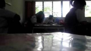 Download Video Alamat Palsu- Ayu Ting-Ting by Z.O.N.K MP3 3GP MP4