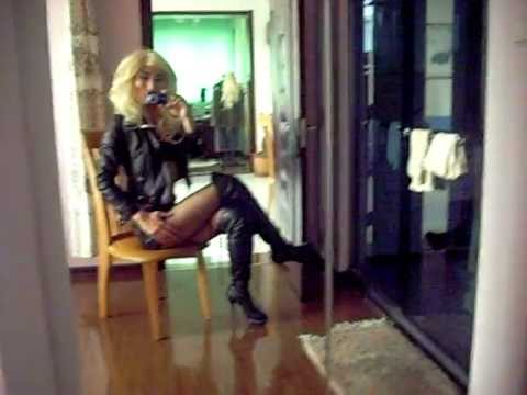 Blonde Diva Modeling With Her Sexy Legs In High Heel Thigh