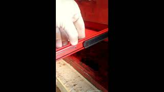 How to remove tool box drawers with friction slides