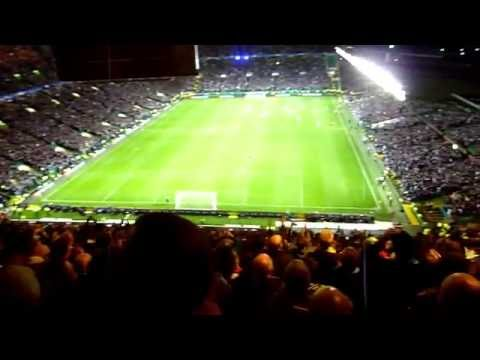 """Parkhead chanting """"This land is your land"""" (28/09/2016) HD"""