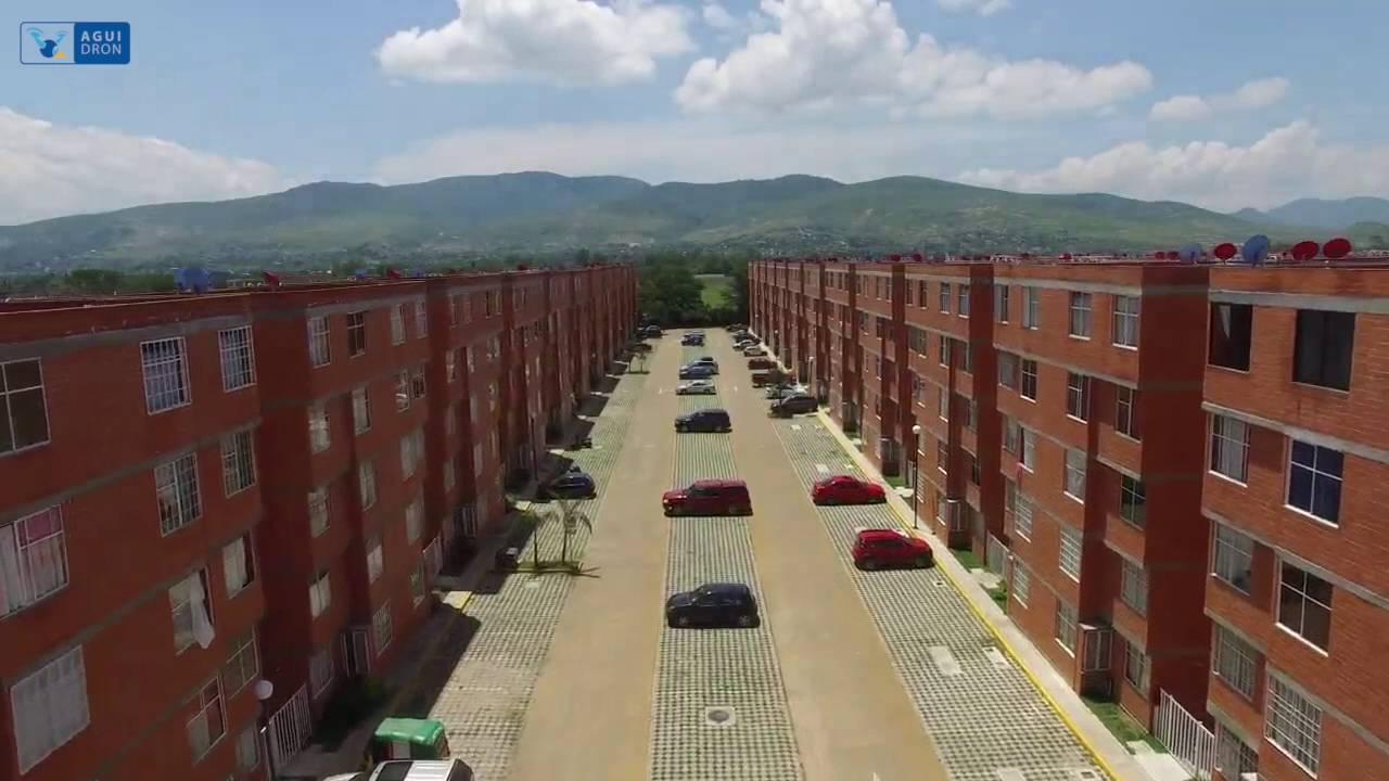 Jardines del sur inmobiliaria aguilar youtube for Inmobiliaria jardines