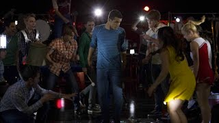 Download Video GLEE - We Will Rock You (Full Performance) HD MP3 3GP MP4