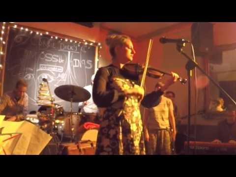 "Corrie Dick ~ ""King William Walk"" Live in Sheffield"