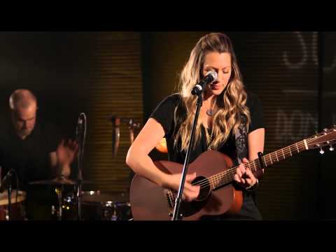 "Colbie Caillat ""Bubbly"" Guitar Center&39;s Singer-Songwriter 4"