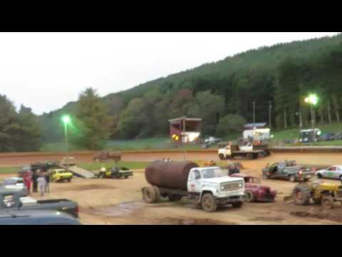Dump truck race Mountain View speedway boone nc