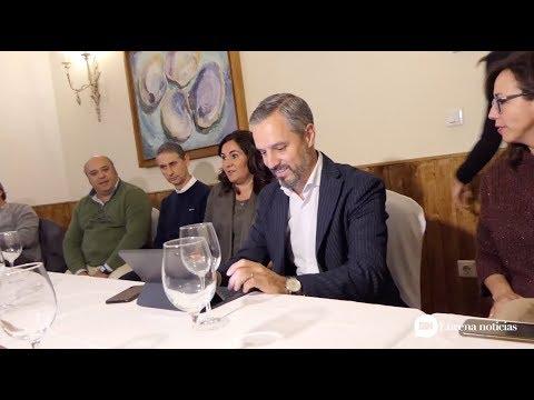 VÍDEO: El Consejero de Industria, Juan Bravo, se reúne con el sector del mueble en Lucena