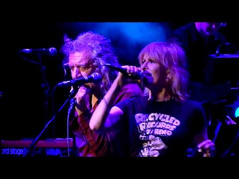 Robert Plant & Chrissie Hynde - Bluebirds Over The Mountain - Royal Albert Hall - December 2017
