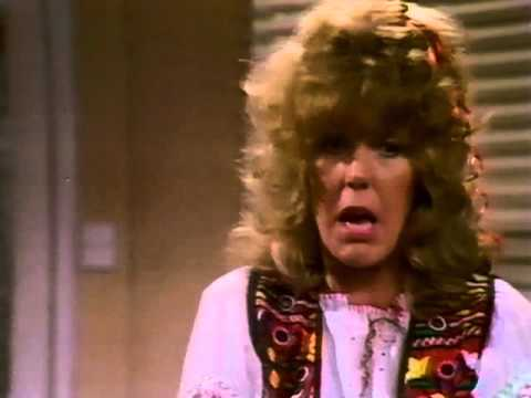 S07E11 - Fashion Show 14 December 1982