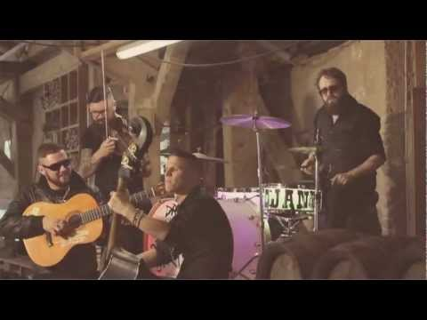 Django 3000 - Django Django (Offizielles Musikvideo)