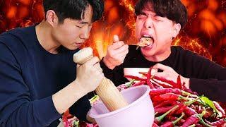 Download Video Mukbang ayam geprek terpedas ala orang Korea! MP3 3GP MP4