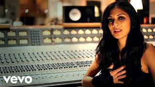 Nicole Scherzinger - Black Dog (In The Studio)