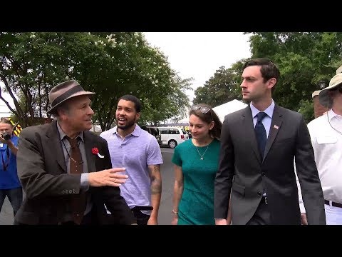 Greg Palast: How Racist Voter Suppression Could Cost Jon Ossoff the Georgia Election