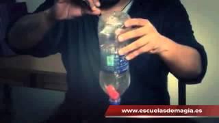 Vídeo: Botella de Manoj