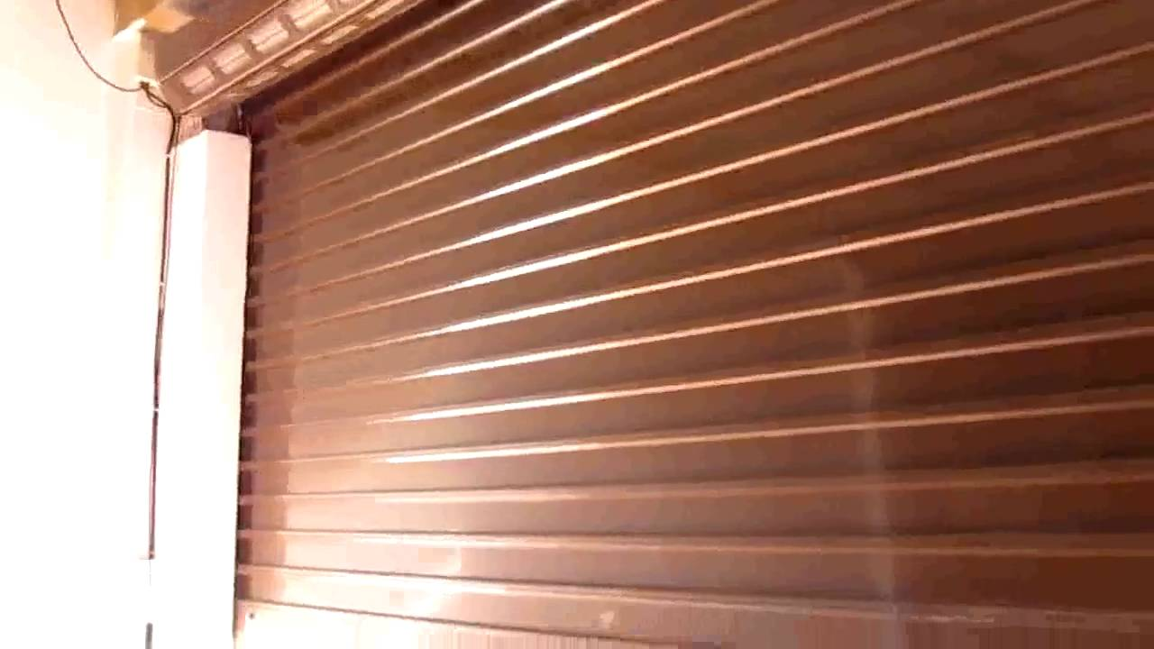 Automatizaci n puerta enrollable youtube - Puertas metalicas leroy merlin ...