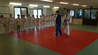 I Färgelanda judoklubb är det alltid tränarna som bestämmer vem som skall träna med vem.