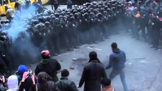 Ukraine rebels attack police. For documentation of crimes. 01 12 2013