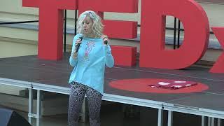 Medytacja jak mycie zębów. | Adriana Suska | TEDxSenatorskaStreetED
