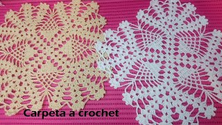 Carpeta a crochet cuadrada con piñas