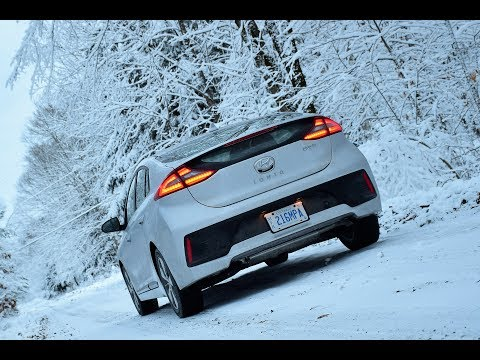 2018 Hyundai Ioniq PHEV Plug-In Review