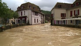Inondations dans l'Ouest: Salies-de-Béarn sous les eaux