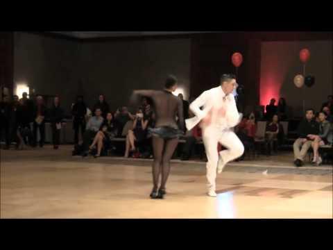 Ютуб нереально сексуальный танец