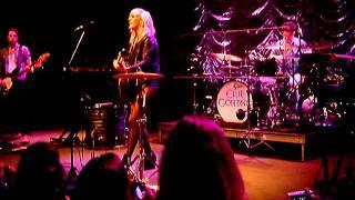 Ellie Goulding - Guns and Horses (Live @ 9:30 Club Washington DC) 25 July 2011