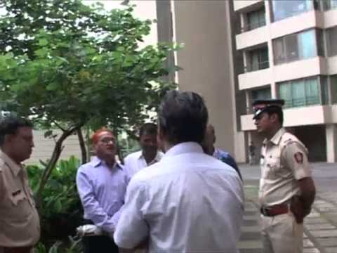 illegal and uncouth behaviour of Oberoi Realty Staff
