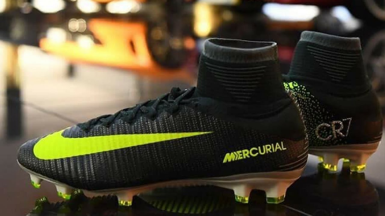 c4d1393d 06/08/03 The Day Cristiano Ronaldo Was Discovered - Nike Mercurial Superfly  V Ch. 3 Discovery Pack