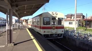 関東鉄道キハ532号 竜ヶ崎駅発車